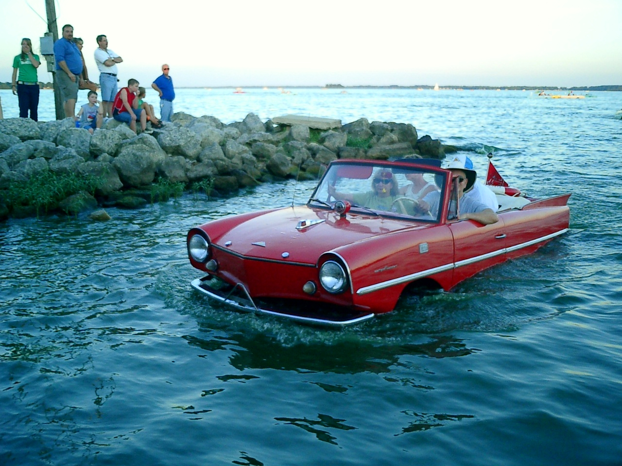 amphicar_red